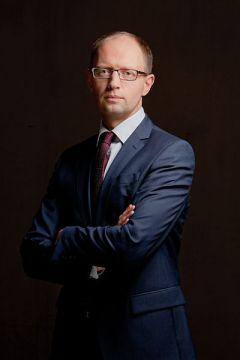 Arsenyi Yatsenyuk