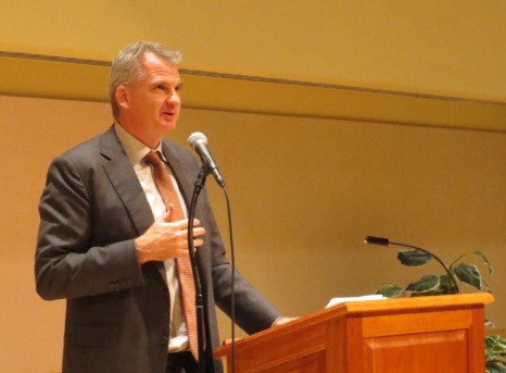 Prof. Timothy Snyder giving his Millercom Lecture