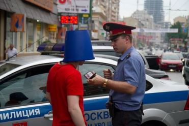 Leonid Nikolayev, Blue Bucket Protests